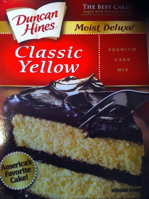 Difference Between White and Yellow cake mixes-1