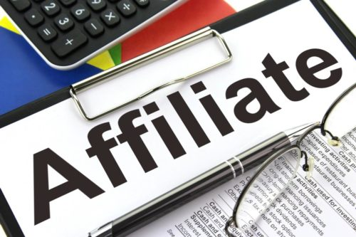 Difference Between an Affiliate and a Subsidiary