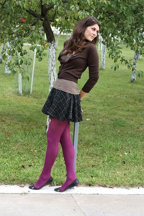 Difference Between Pantyhose and Tights-1