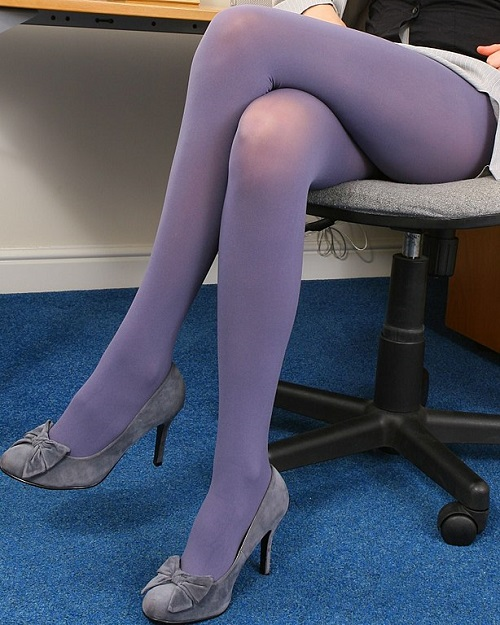 Love wearing pantyhose and tights — img 12