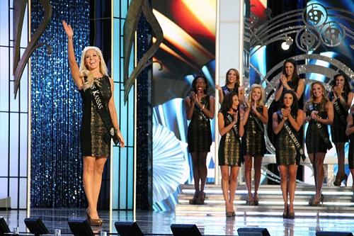 640px-Miss_America_2014_contestants