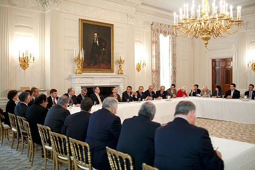 640px-Congressional_Hispanic_Caucus_meeting_at_White_House_2009