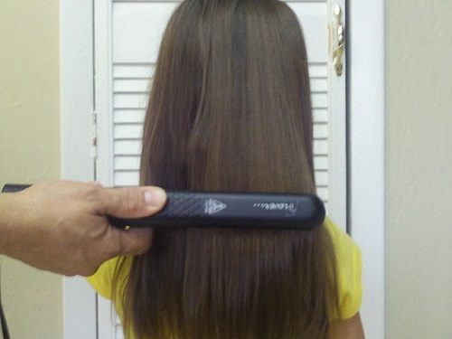 Straightening brush for very curly hair
