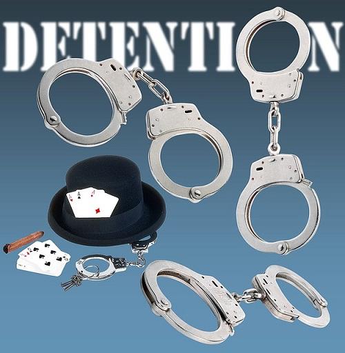 handcuffs-1461126_640