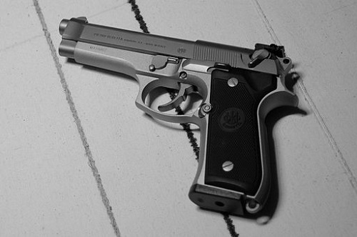 Difference between Beretta 92FS and Beretta M9