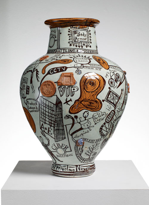 Difference between Sculpture and Ceramics-1