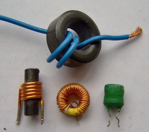 Difference between Capacitors and Inductors-1