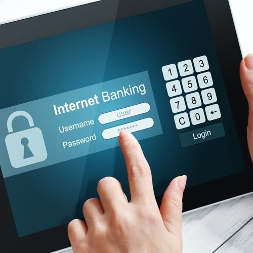 Difference between Mobile Banking and Internet Banking-1