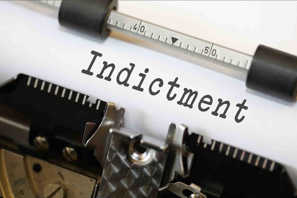 Difference Between an Arraignment and an Indictment