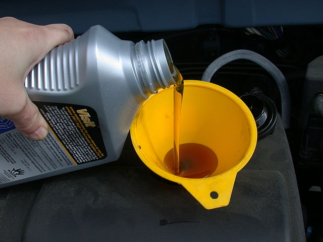 Two of the most common viscosity ratings are 5w30 and 10w30. Engine oils with these ratings are called multi-grade oils.
