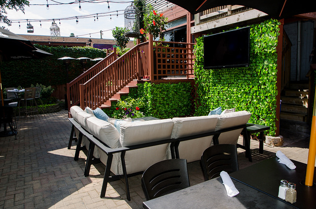 Difference Between Balcony and Patio