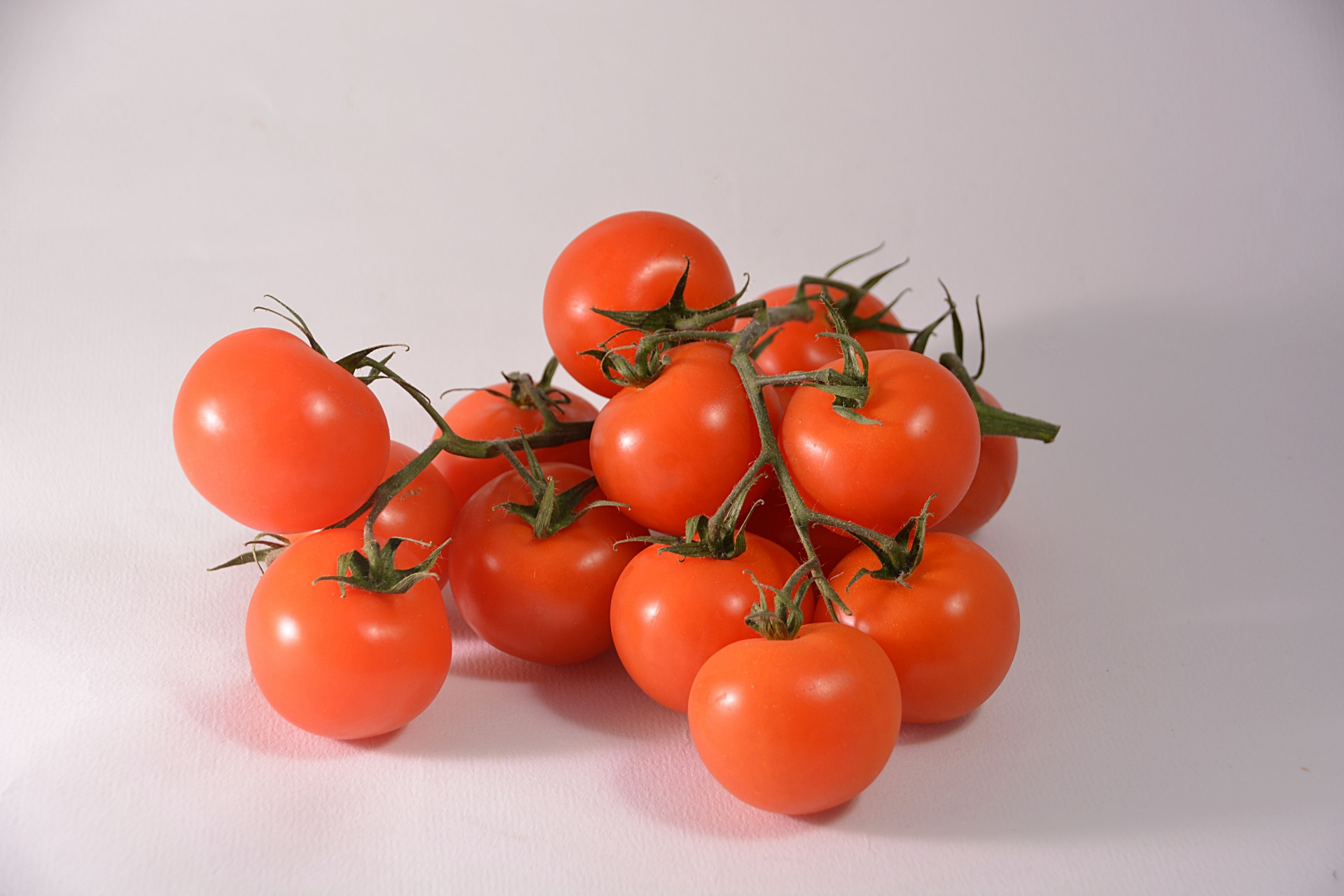 Difference Between Grape Tomatoes and Cherry Tomatoes