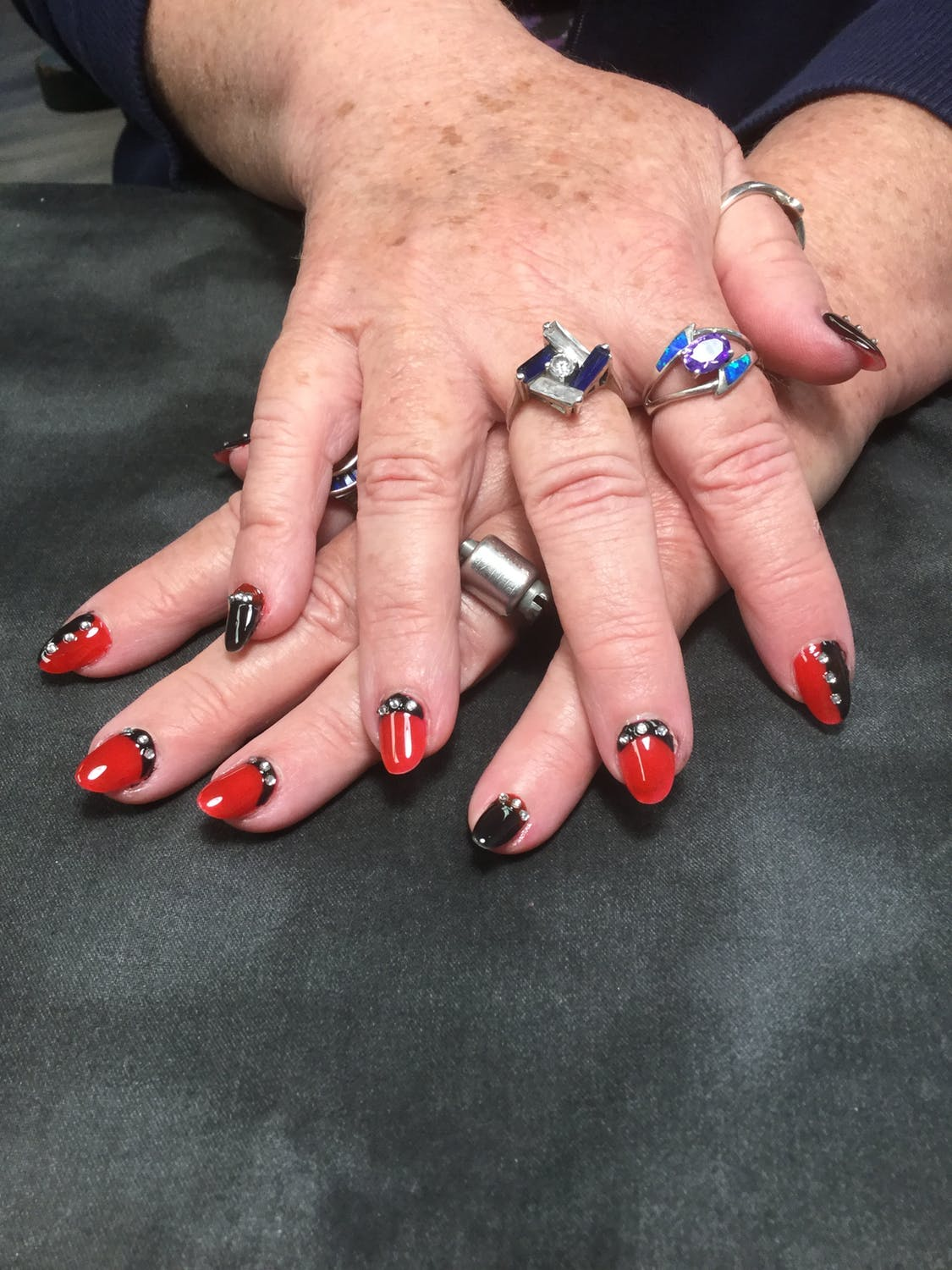 Difference between Shellac and Gel