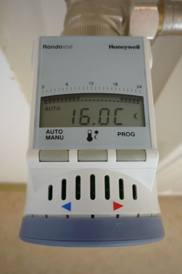 Difference between Nest and Honeywell