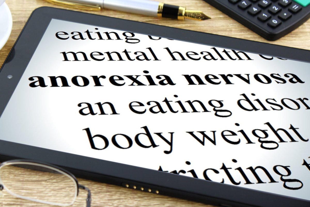 Difference Between Body Dysmorphic Disorder and Anorexia