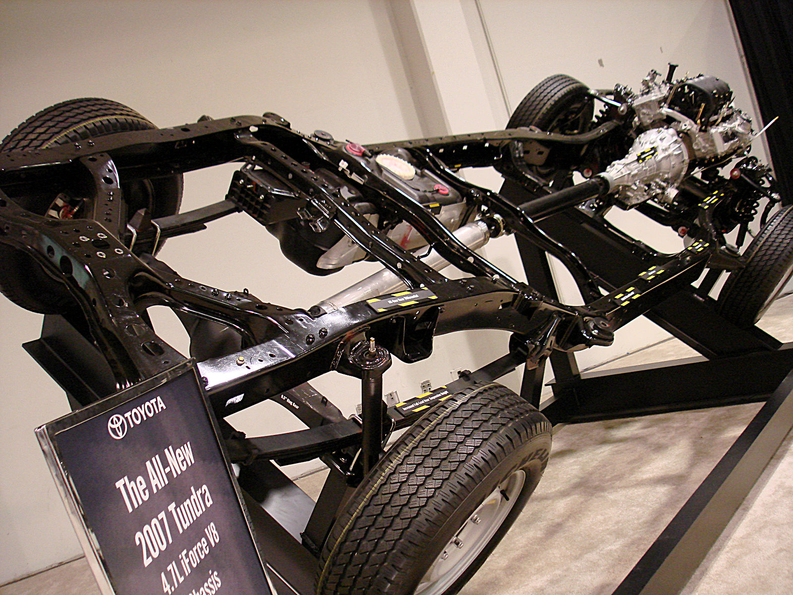 Difference Between Frame and Chassis