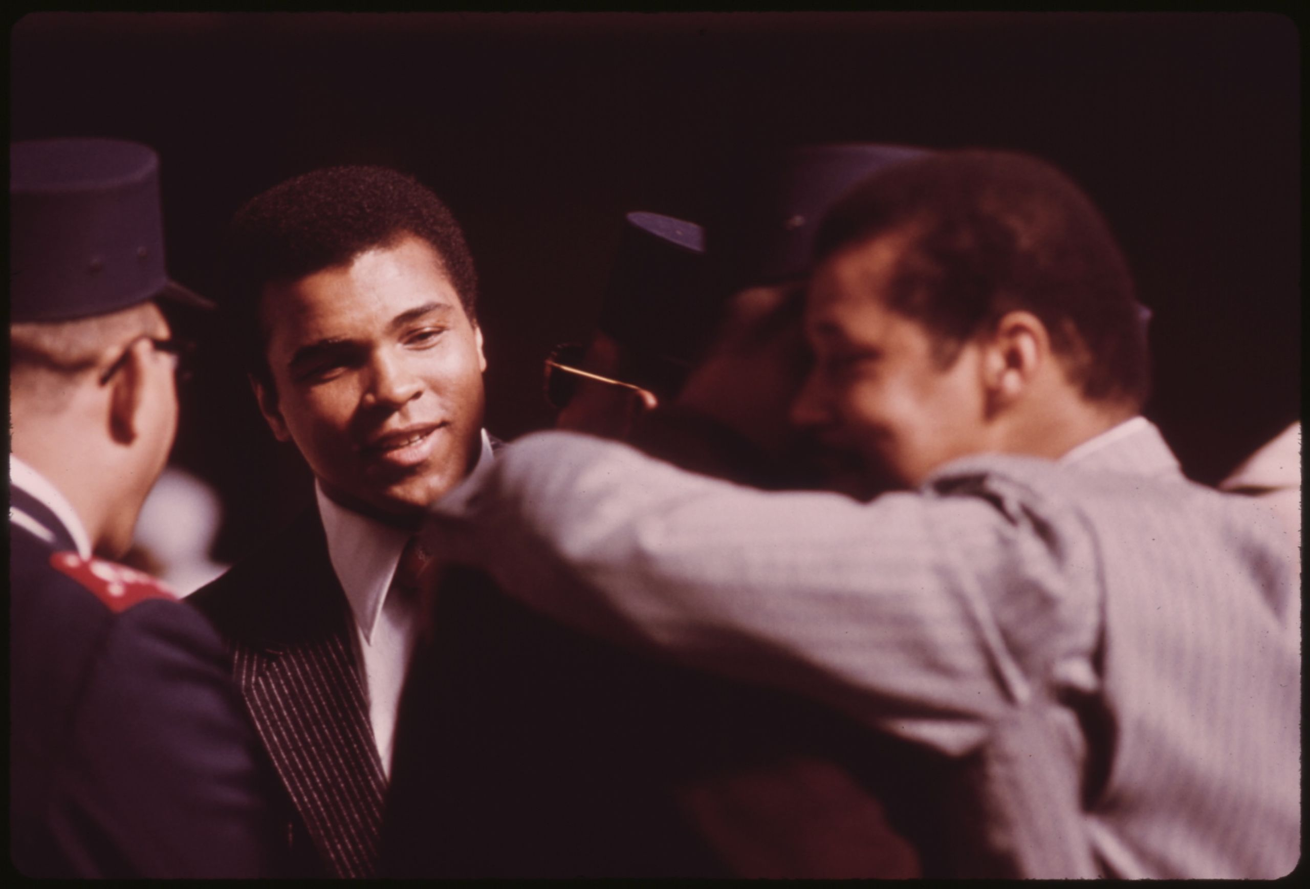 Difference Between Ali and Frazier