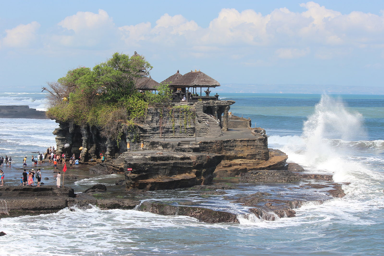 Difference Between Bali and Bora Bora