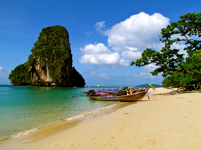 Difference Between Bali and Phuket