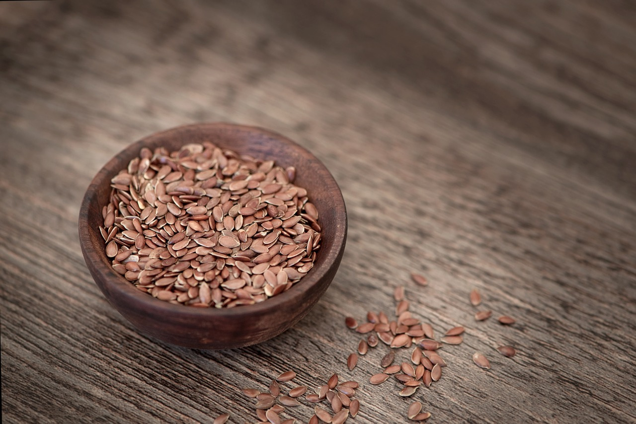 Difference Between Ground Flaxseed and Flaxseed Meal