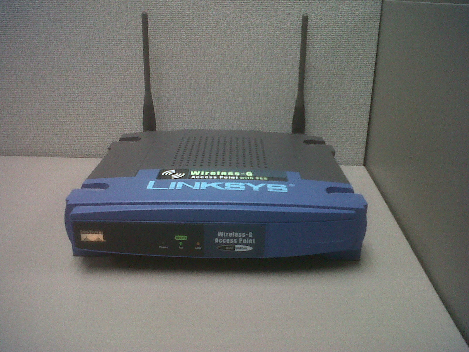 Difference Between Access Point and Extender