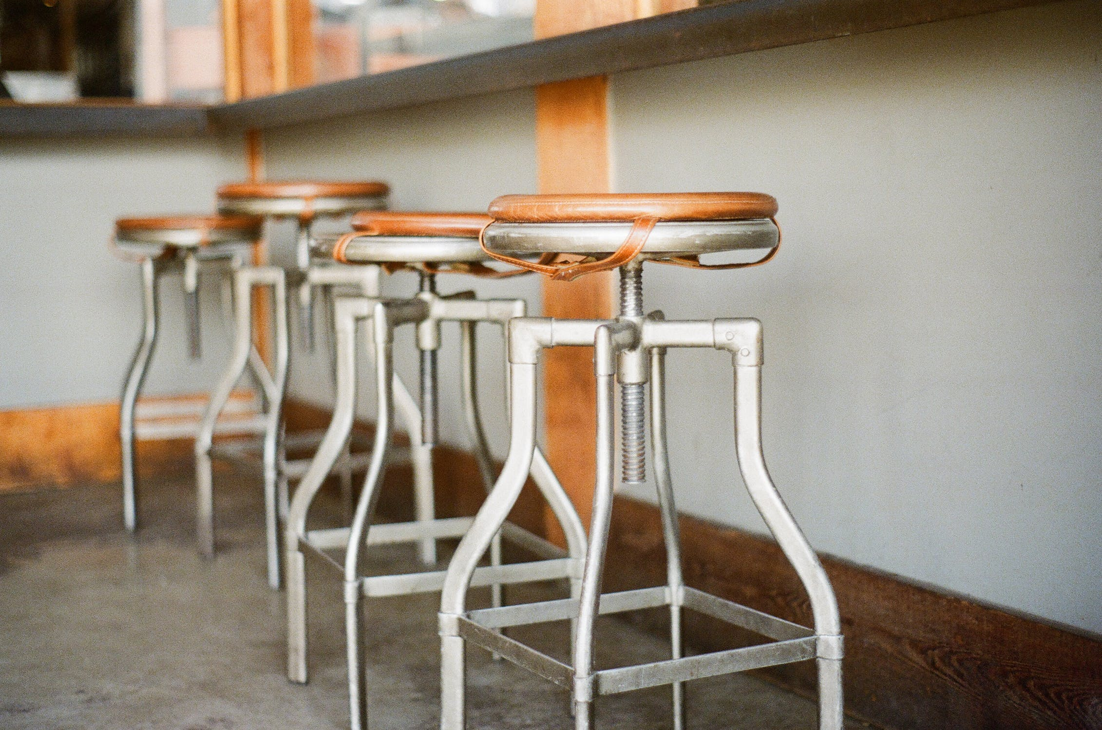 Pleasant Difference Between Counter And Bar Stools Difference Between Pdpeps Interior Chair Design Pdpepsorg