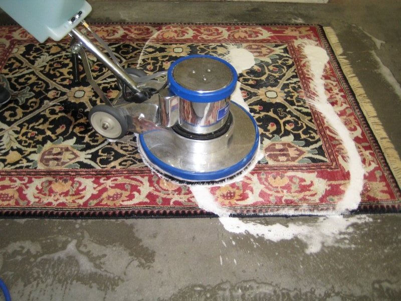 Difference Between Steam Cleaning and Carpet Shampooing