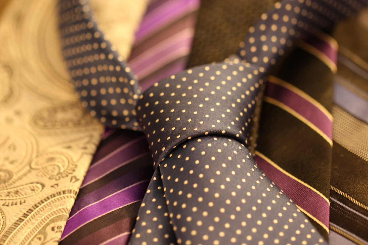 Difference Between Ascot and Cravat