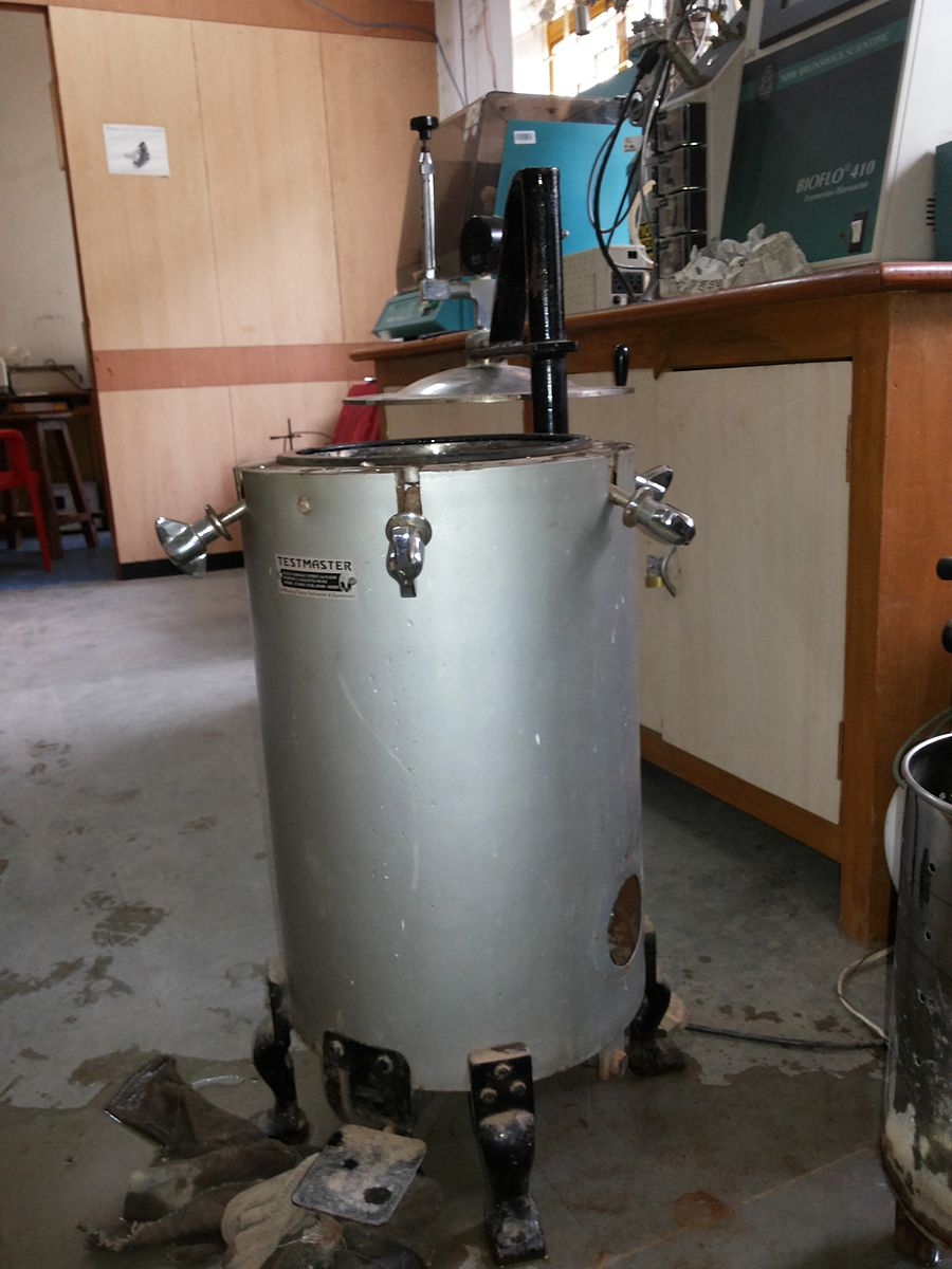 Difference Between Autoclave and Dry Heat Sterilizer
