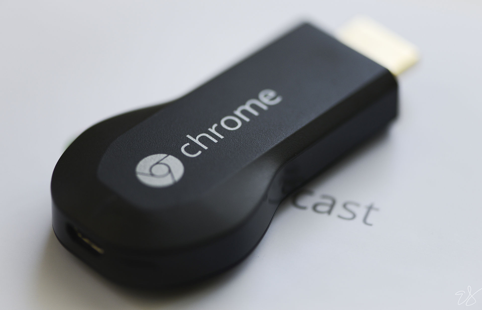 Difference Between Chromecast and Apple TV