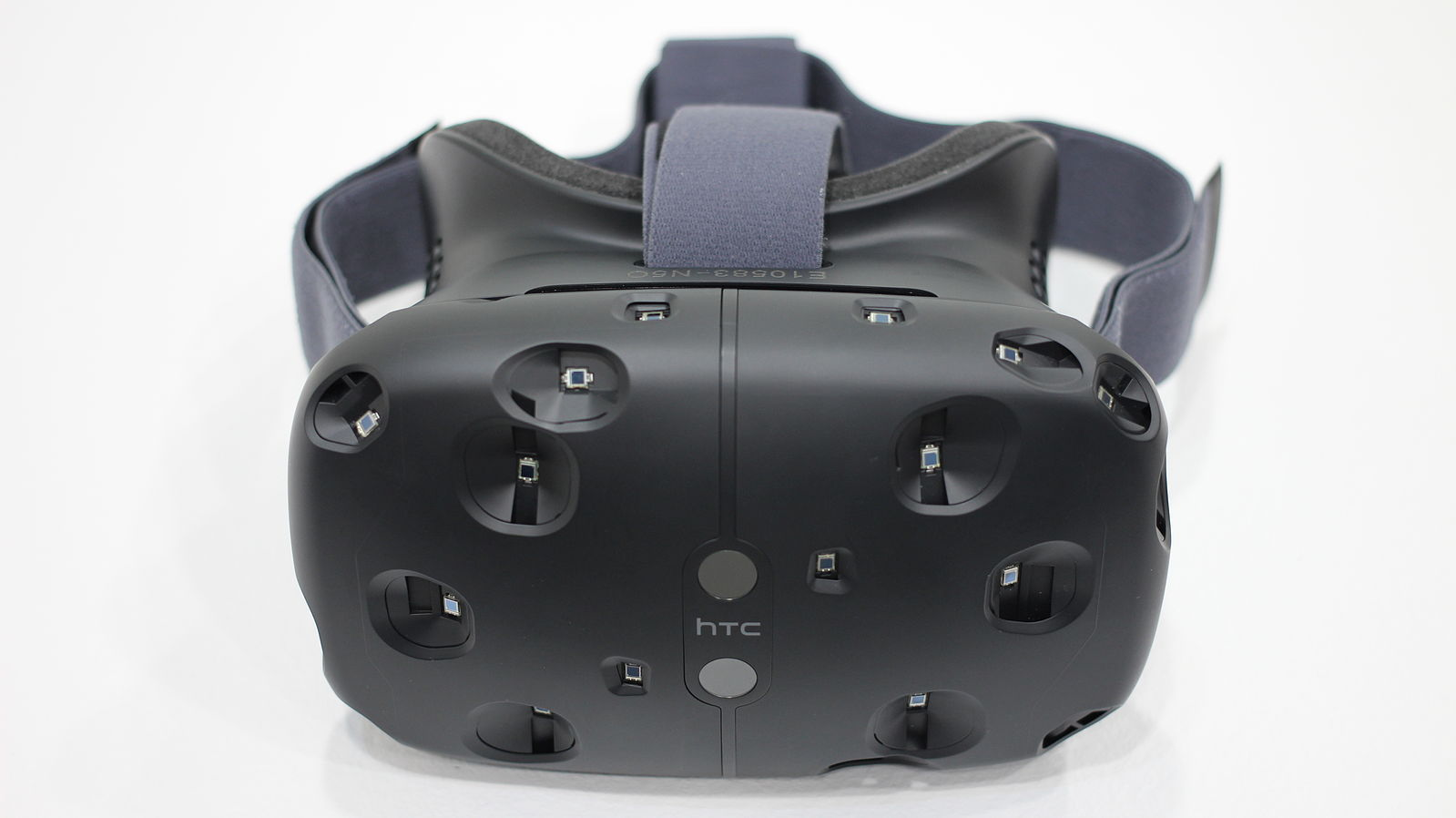 Difference Between Oculus Rift and HTC Vive