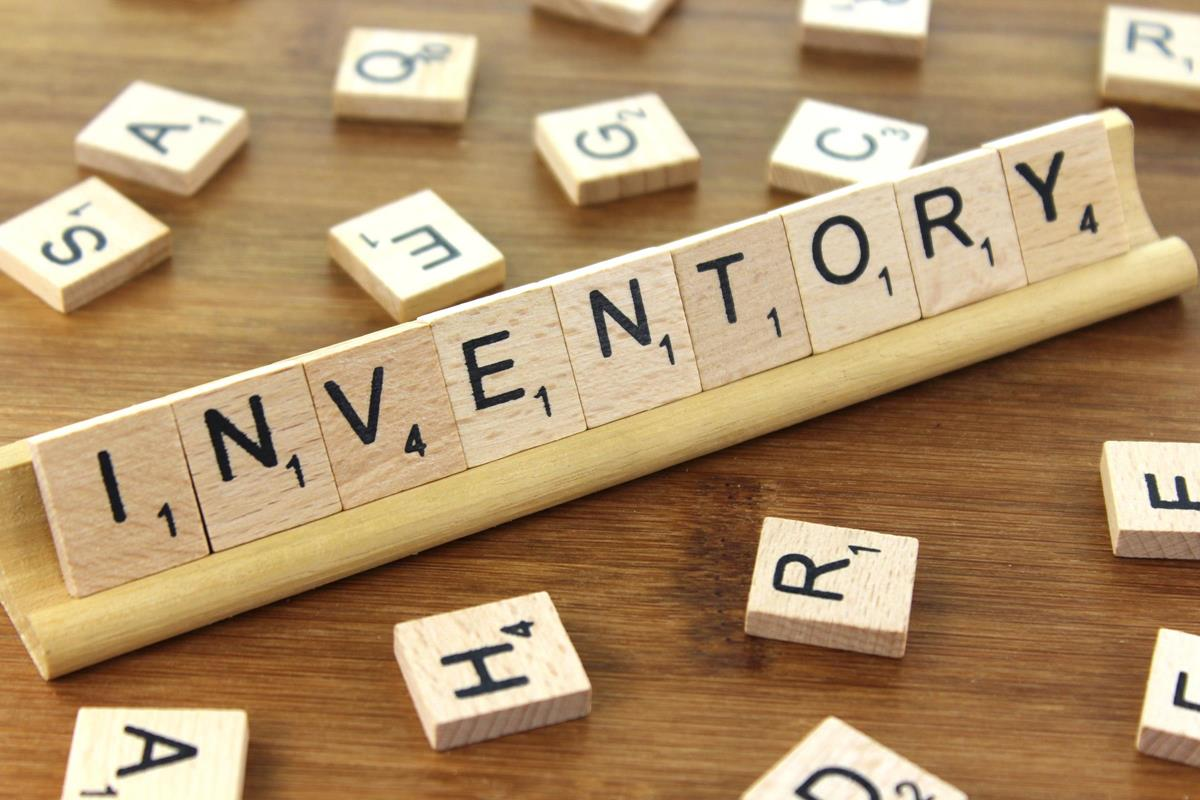 Difference Between Centralized and Decentralized Inventory