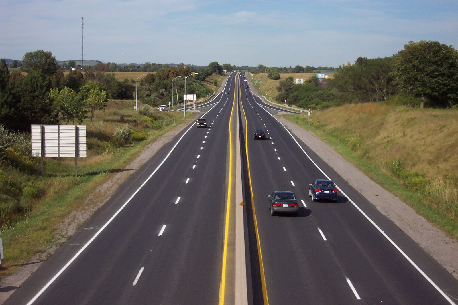 Difference Between Interstate and Highway