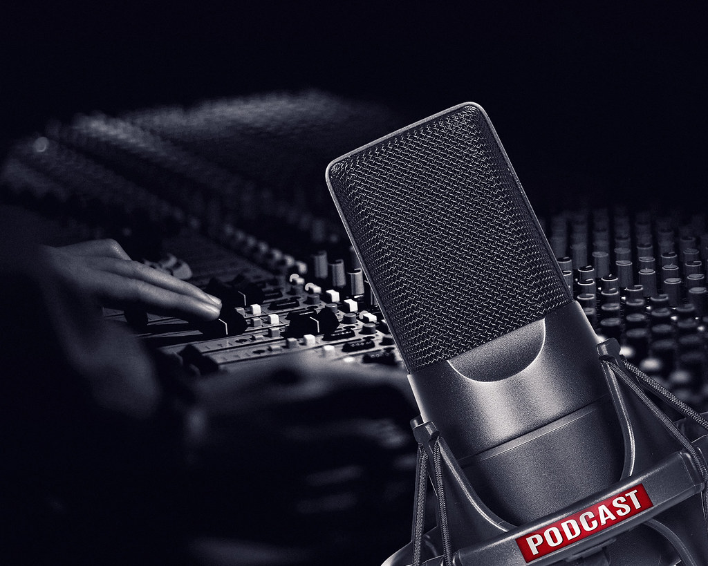 Difference Between Podcast and Broadcast