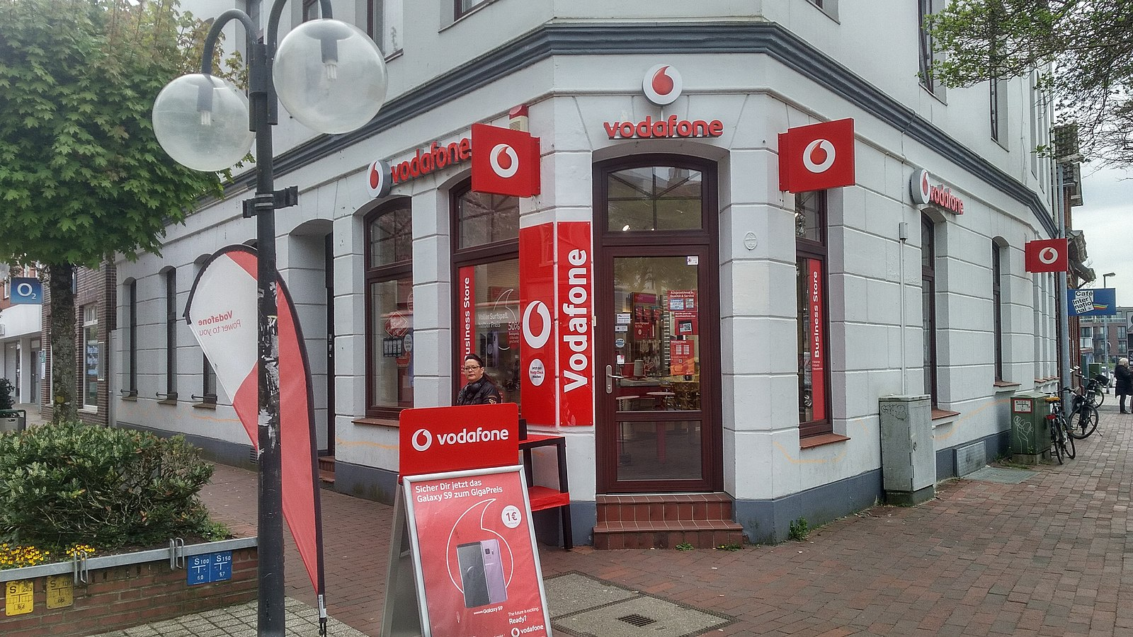 Difference Between Vodafone and Orange