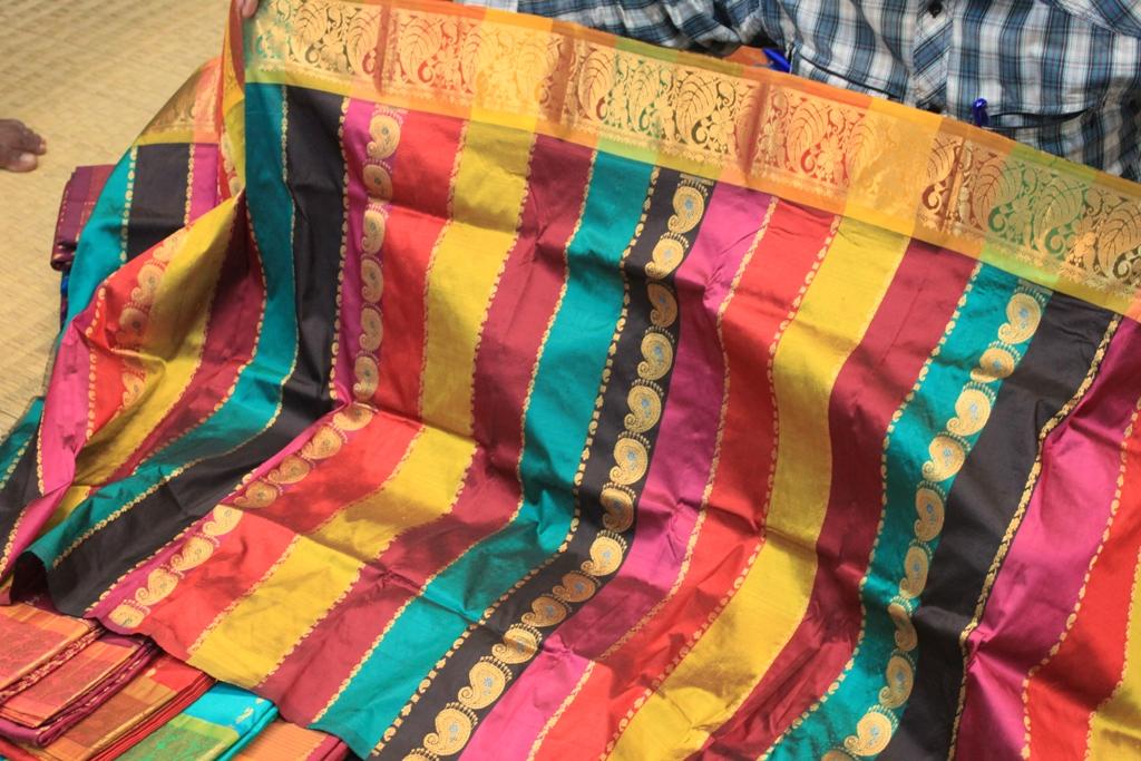 Difference Between Kanchipuram and Dharmavaram sarees