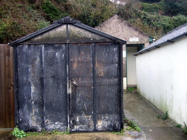 Difference Between Asbestos and Fiberglass