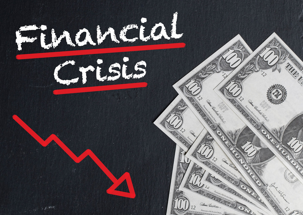 Difference Between Recession and Financial Crisis