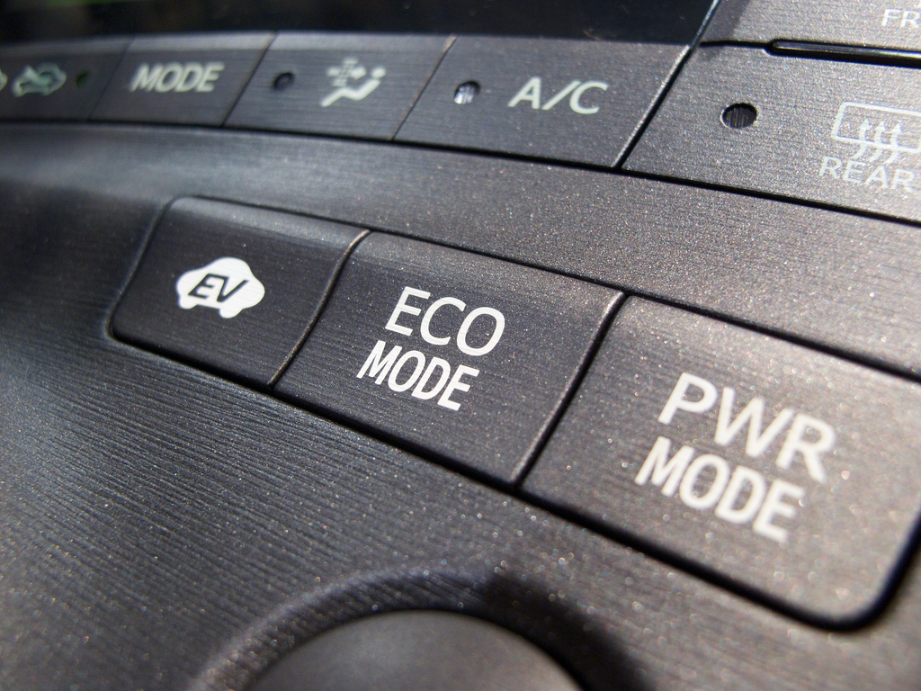 Difference Between Eco and Sport Mode