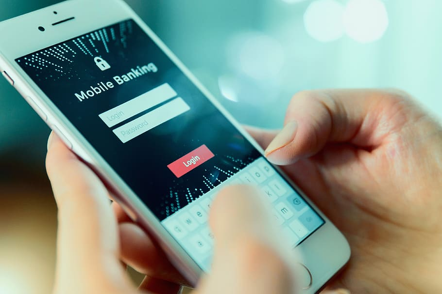 Difference Between Fintech and Digital Banking