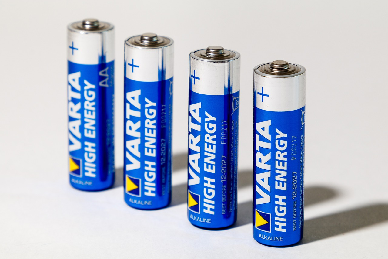 Difference Between Ultracapacitor and Battery