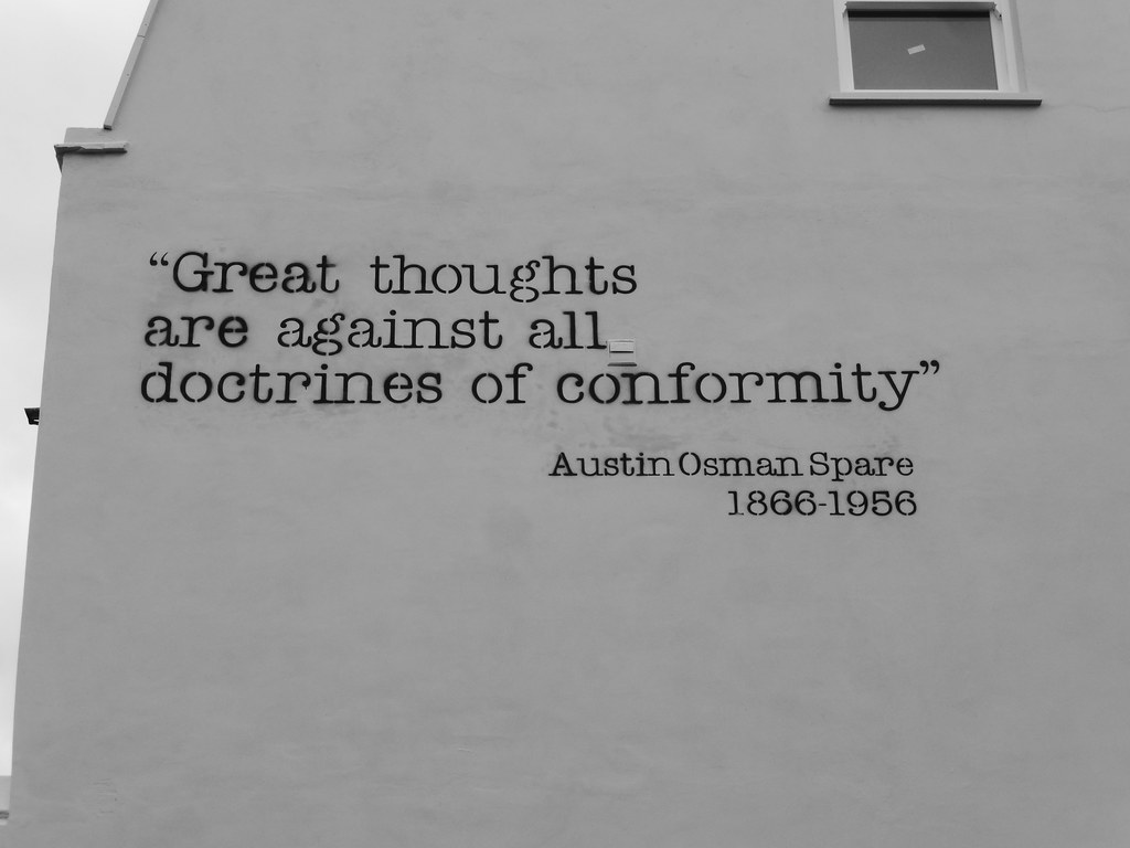 Difference Between Conformity and Nonconformity