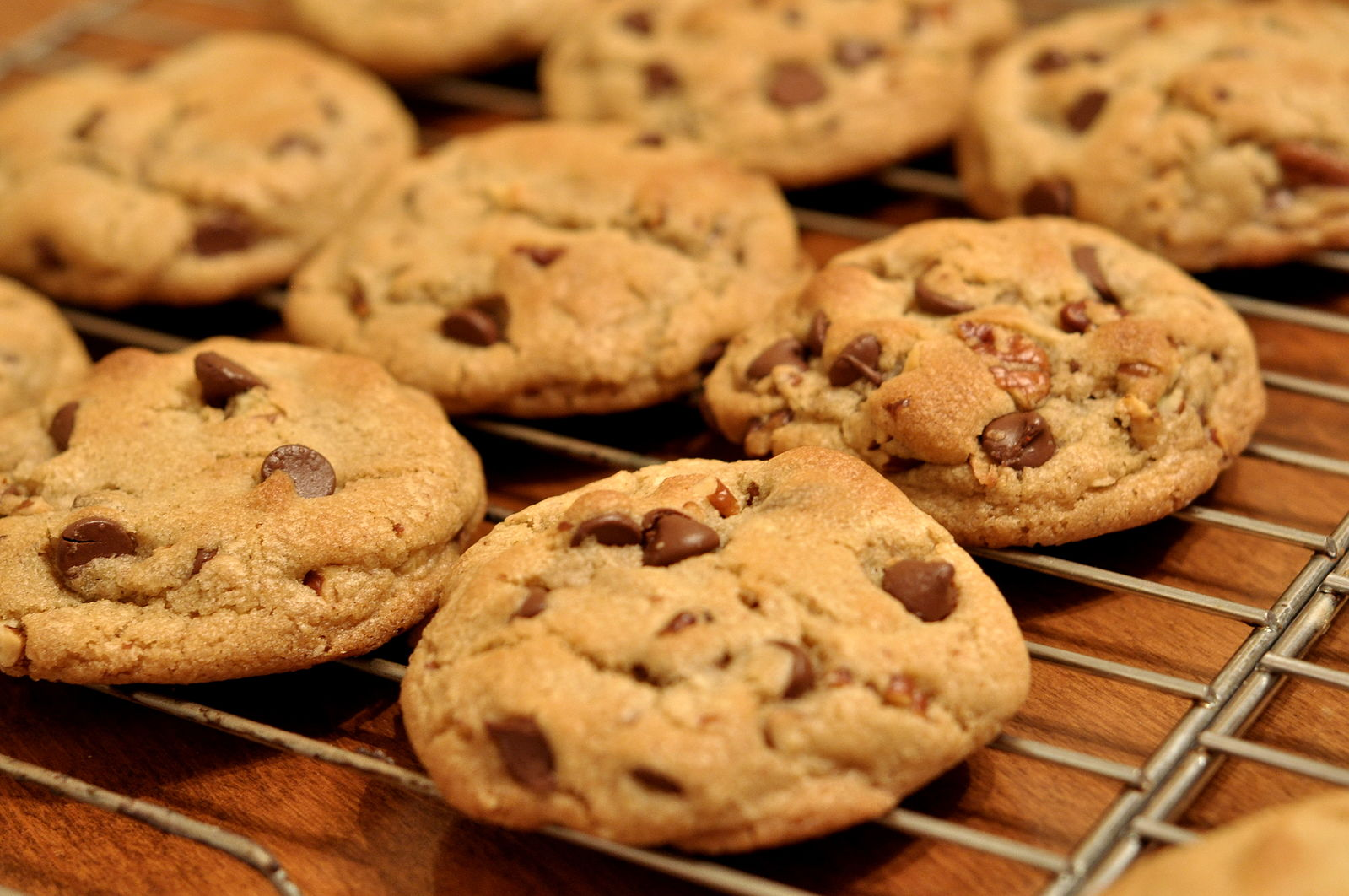 Difference Between Cookies and Biscuits