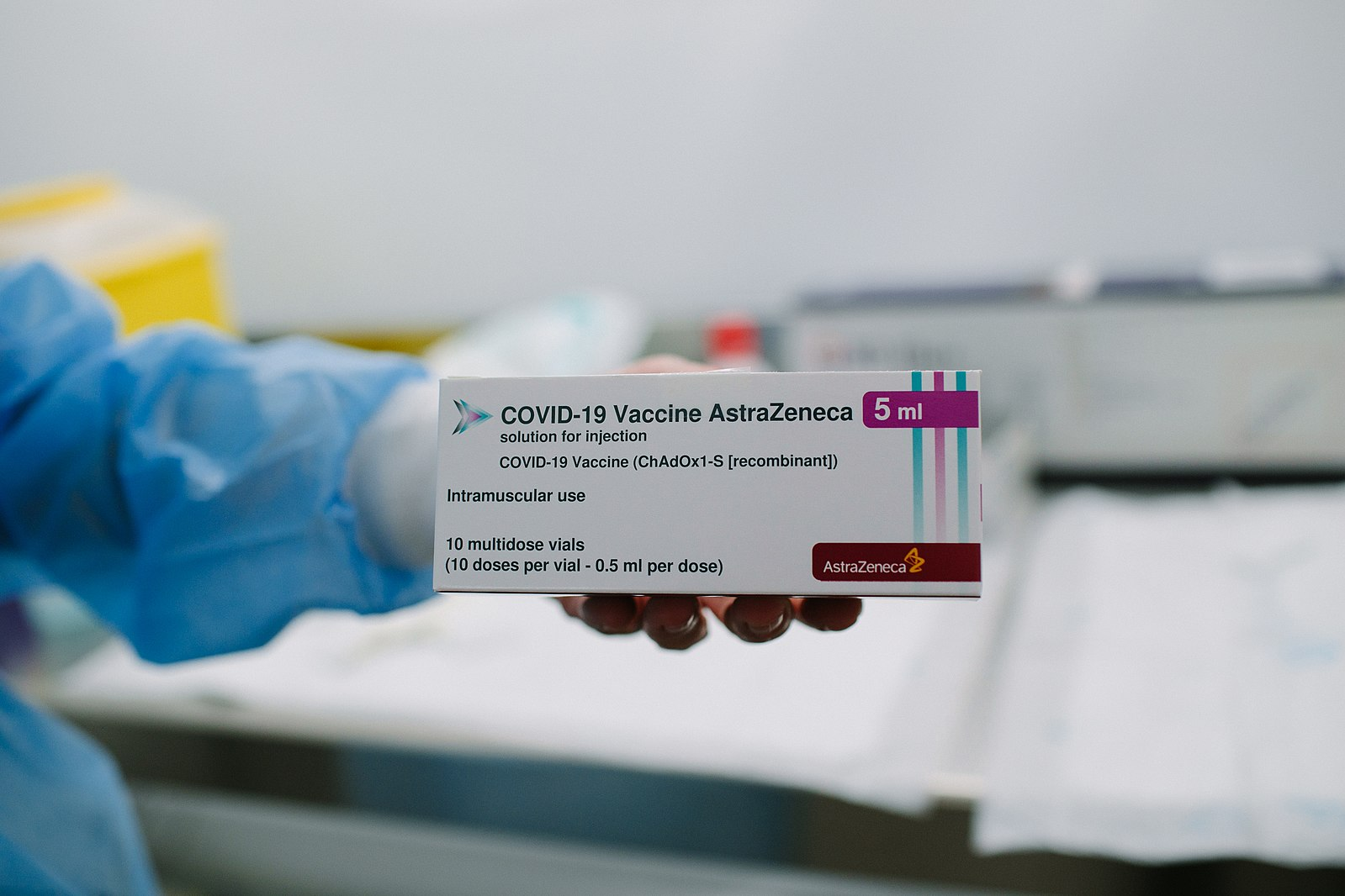 Difference Between AstraZeneca and Moderna