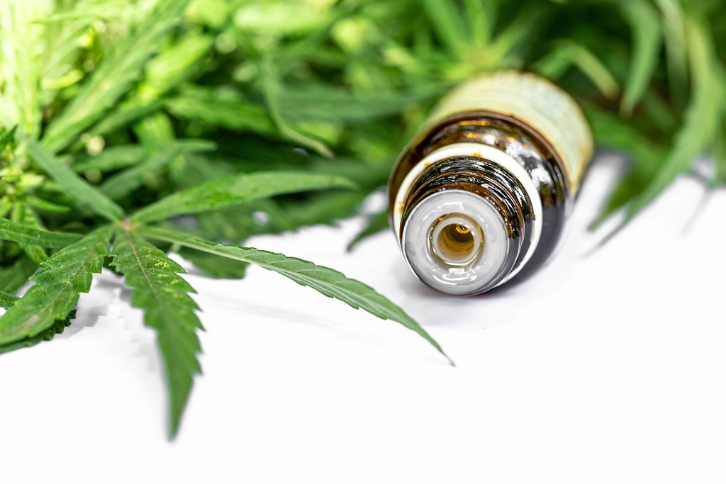 Difference Between Hemp Extract and Hemp Oil