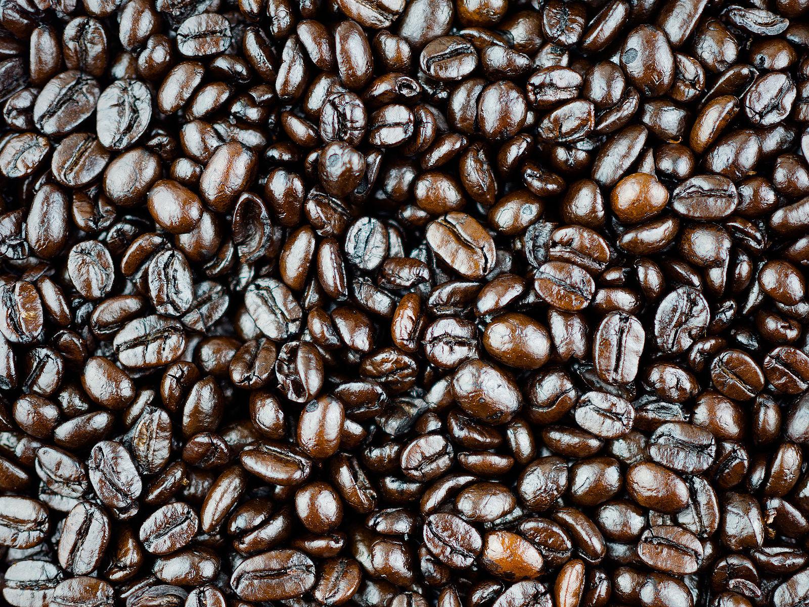 Difference Between Dark Roast Coffee and Medium Roast Coffee