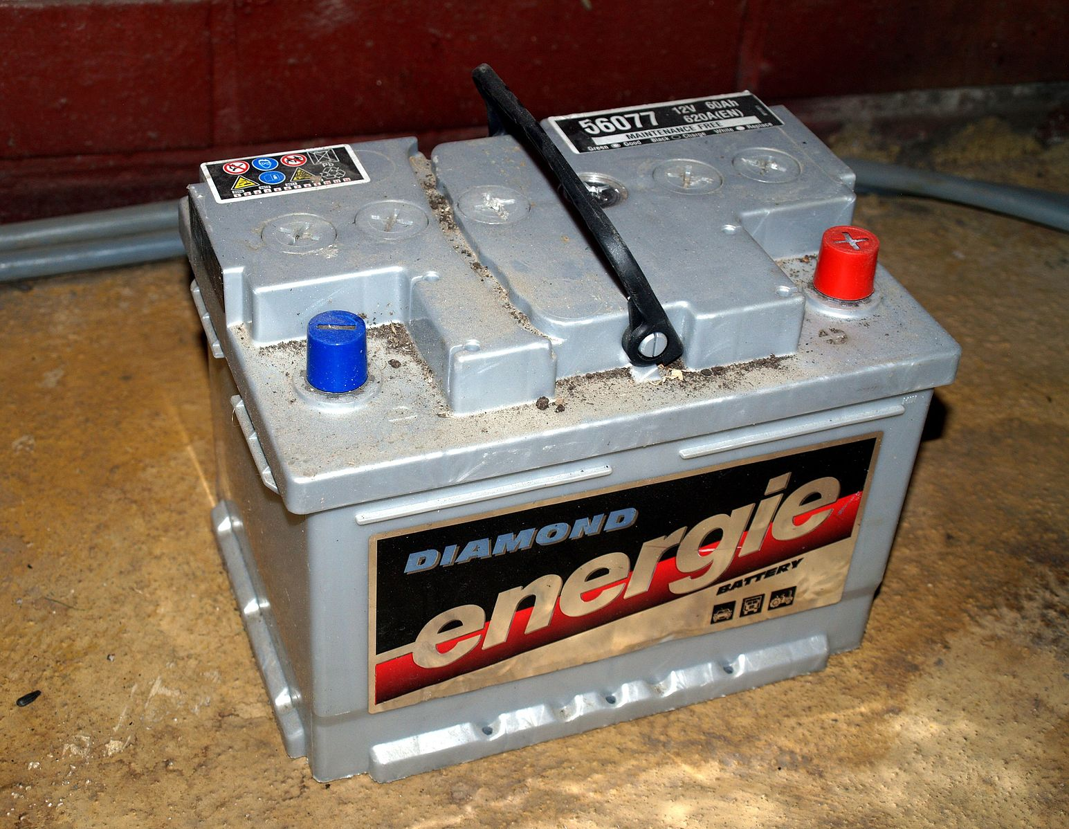 Difference between Car Battery and Marine Battery