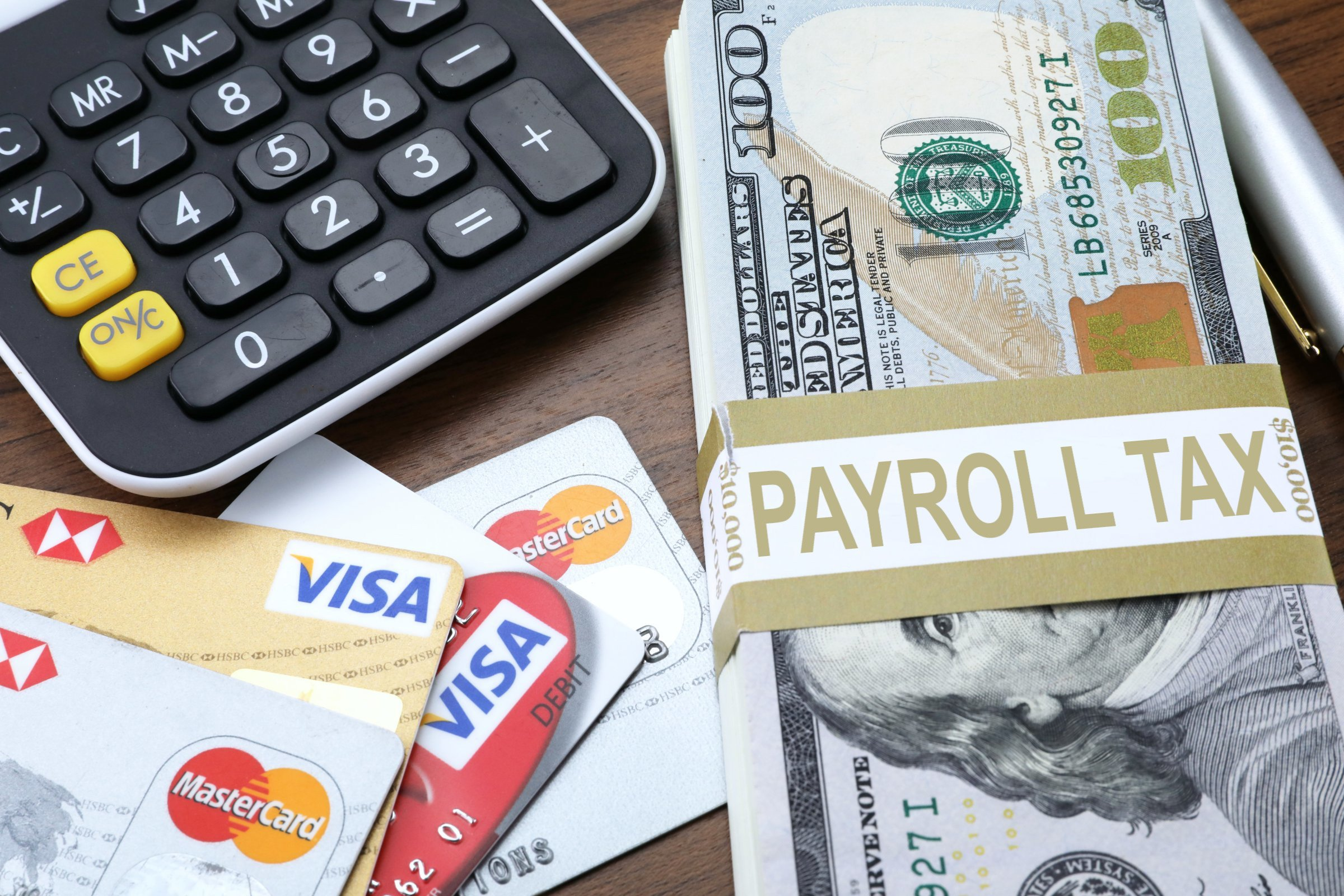 Difference Between Payroll Tax and Income Tax